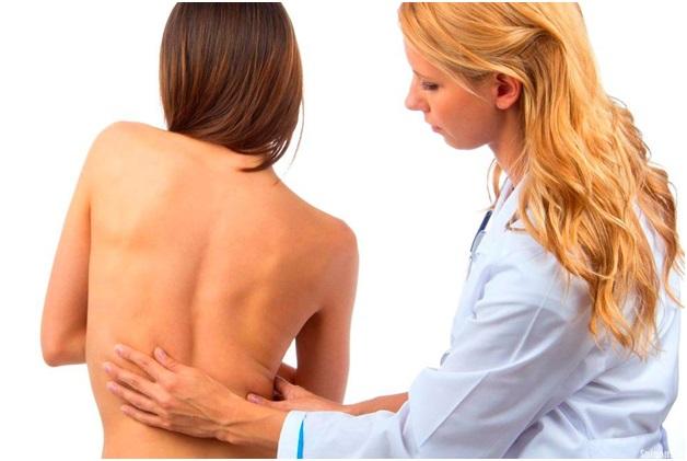 Искривление позвоночника у детей врач