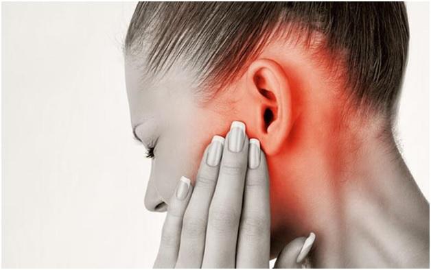 Шейный остеохондроз и боль в ухе