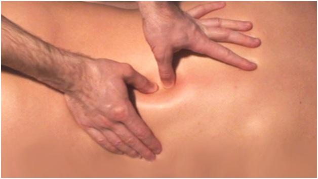 Как делать массаж при боли вспине?